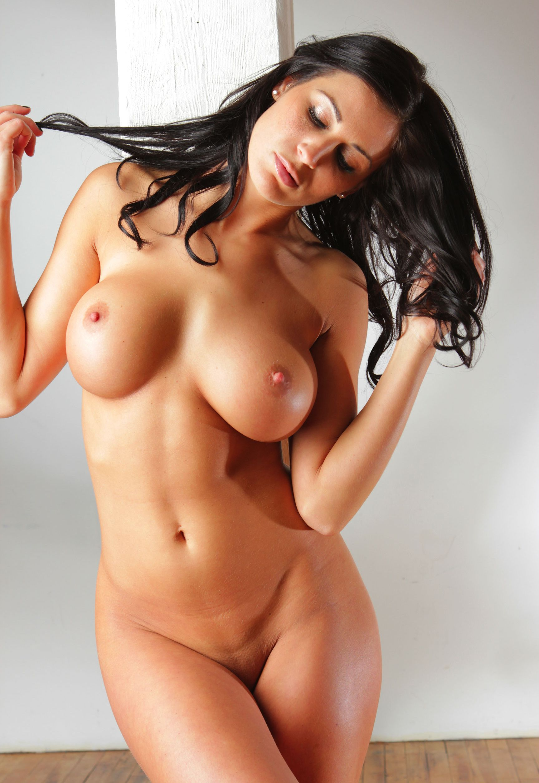 debbies-hot-naked-body